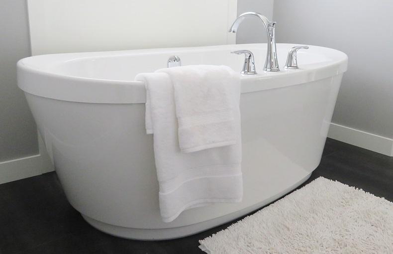 Mała łazienka Wanna Czy Prysznic Aranżacja I Wskazówki
